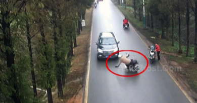 Helmet-saves-motorcyclist-life-in-nasty-crash-thumb