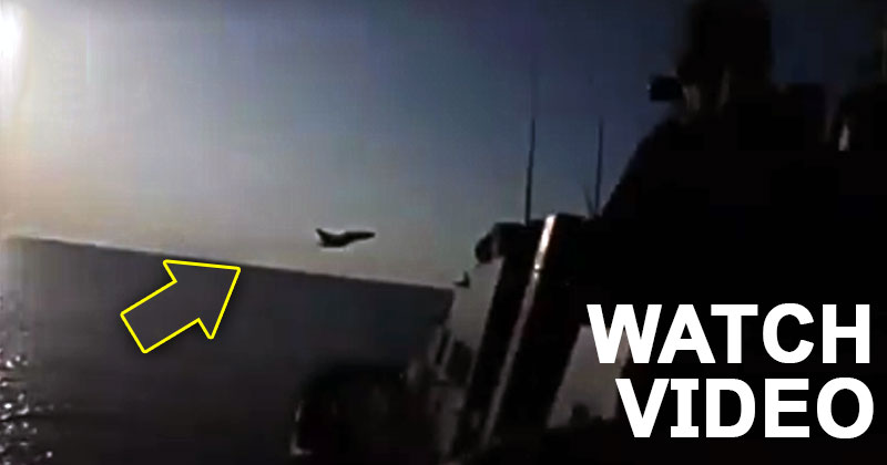 WW3-One-Step-Near-As-Russian-Jets-Flew-30Ft-Of-A-US-Destroyer-Thumbnail
